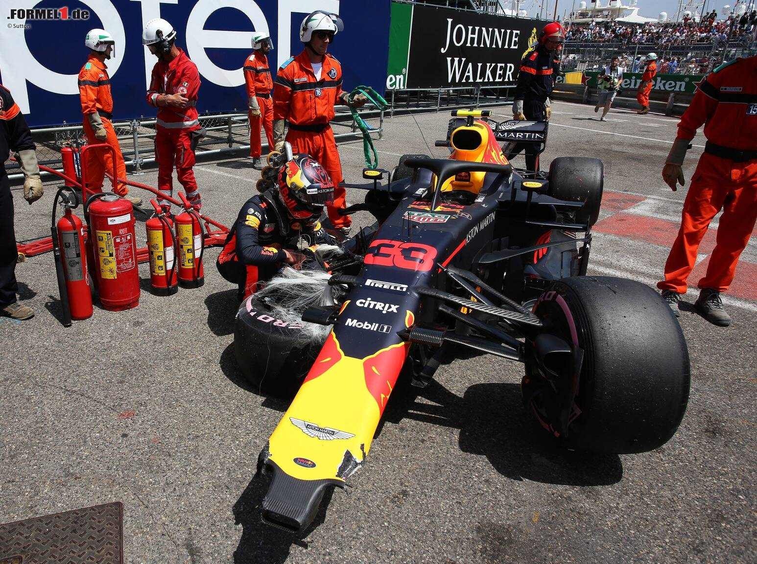 max verstappen nach monaco unfall kleinlaut kritik w chst. Black Bedroom Furniture Sets. Home Design Ideas