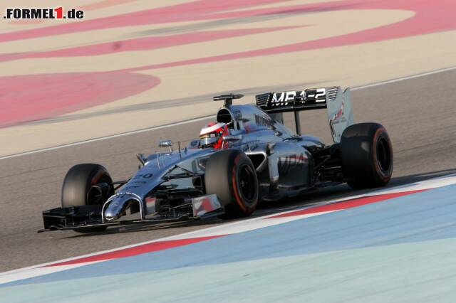 Der Höhenflug von Kevin Magnussen geht weiter: Der Rookie, der schon in Jerez die Wochenbestzeit holte, fährt auch in Bahrain bislang die schnellste Runde. Mit seinen 1:34.910 Sekunden drückt der McLaren-Pilot der Konkurrenz über 1,5 Sekunden auf