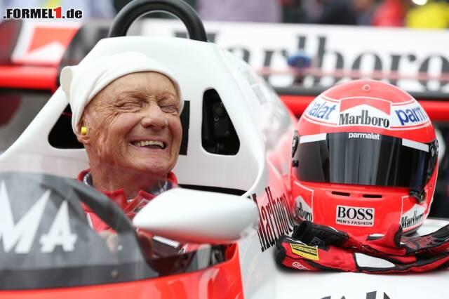 Niki Lauda zählte zu den beliebtesten Menschen im Formel-1-Fahrerlager. Wir werfen einen Blick zurück auf sein bewegtes Leben.
