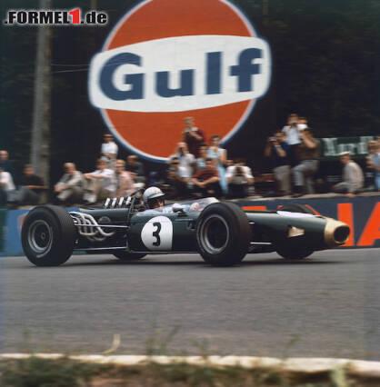 1966 wird Jack Brabham im selbst konstruierten BT19 Weltmeister. Jetzt durch legendäre Brabham-Autos klicken!