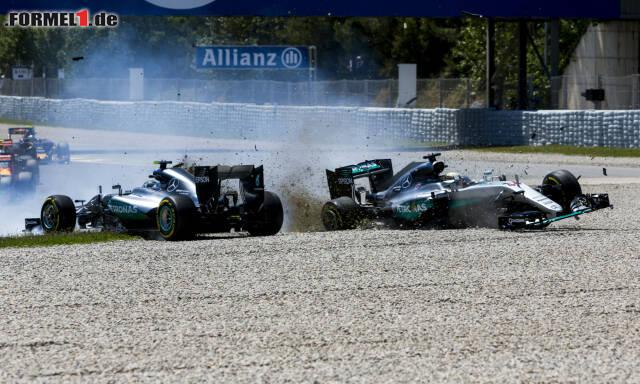 Die Schuldfrage spaltet die Experten: War es Nico Rosberg oder Lewis Hamilton? Bilden Sie sich mit unserer Fotostrecke selbst eine Meinung!
