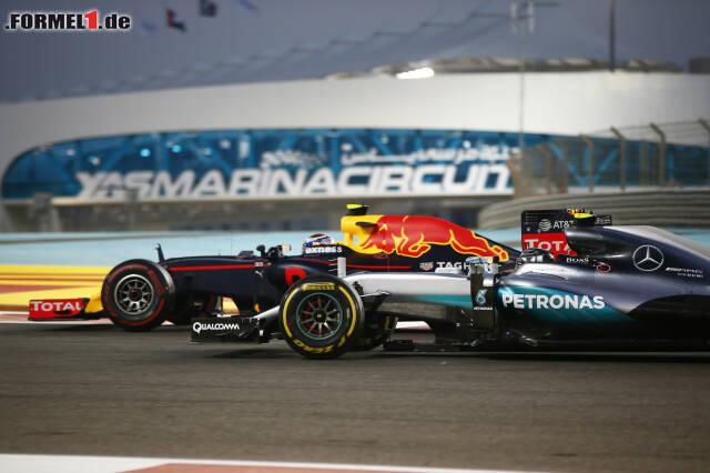 Gut möglich, dass Mercedes in Abu Dhabi schon wieder die Show gestohlen wird. Hier unser Rückblick auf das Vorjahr ...