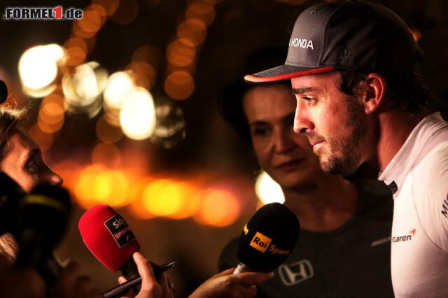 Fernando Alonso: Hat er in Bahrain aus Frust aufgegeben? Jetzt durch die 17 schönsten Fotos des Rennens klicken!