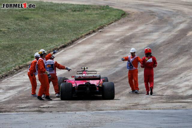 Kimi Räikkönens WM-Hoffnungen sind beim Grand Prix von Spanien geplatzt. Klicken Sie sich jetzt durch die 17 Highlight-Szenen des Rennens!