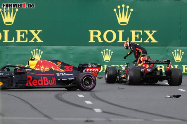 So endete, was als toller Zweikampf begonnen hatte. Jetzt durch den Crash der Red Bulls beim Grand Prix in Baku klicken!