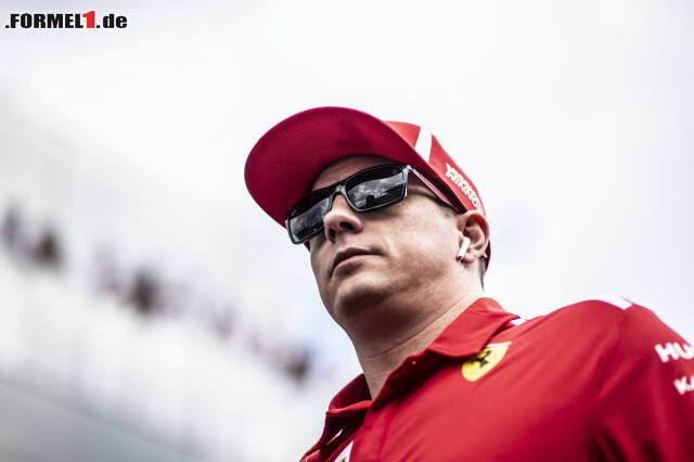 """Auch bei seiner letzten Fahrerparade für Ferrari verzieht Räikkönen keine Miene. Jetzt noch einmal durch die elf kultigsten """"Kimi-Moments"""" seiner Karriere klicken!"""