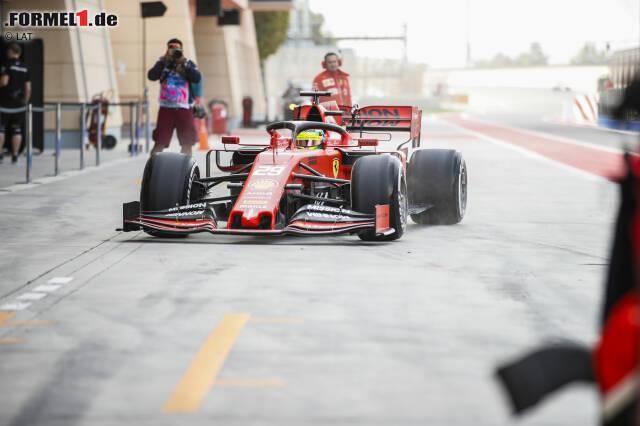 Gänsehaut: Ein Schumacher in einem Ferrari kämpft um Bestzeit in der Formel 1. Die besten Fotos von Micks erstem Testtag jetzt zum Durchklicken!