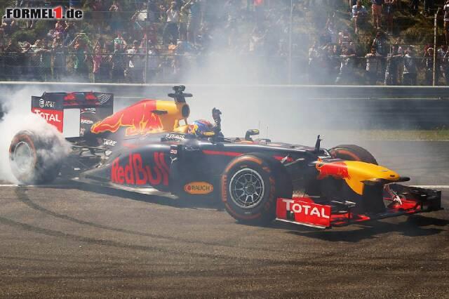 Max Verstappen drehte in Zandvoort bereits mehrere Showrunden. Jetzt durch die historischen Formel-1-Momente in Zandvoort klicken!
