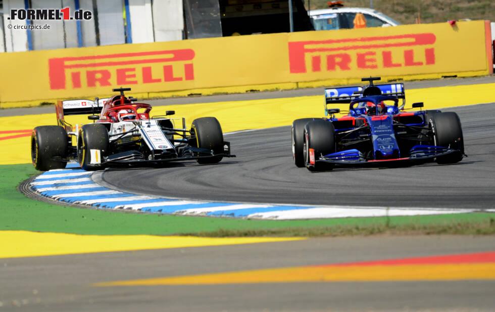Kimi Räikkönen (Alfa Romeo) und Daniil Kwjat (Toro Rosso)