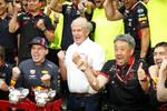 Max Verstappen (Red Bull) und Helmut Marko