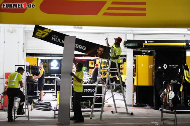 Nico Hülkenbergs Garage wird ebenso wetterfest gemacht wie die restliche Boxengasse. Überall wird Freitagabend geschraubt, verstaut und verbarrikadiert ...