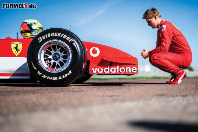 Mick Schumacher durfte den F2002 in Fiorano fahren. In jenem Ferrari wurde Vater Michael 2002 Weltmeister ...