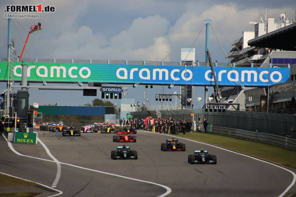 Valtteri Bottas (Mercedes), Lewis Hamilton (Mercedes), Max Verstappen (Red Bull) und Charles Leclerc (Ferrari)