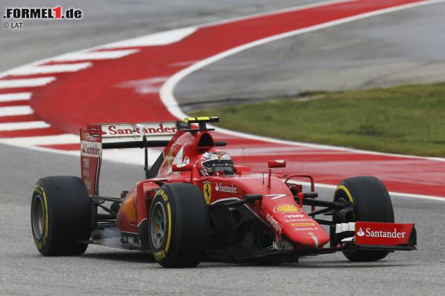 #14 Beim Großen Preis der USA 2015 fliegt Räikkönen auf feuchter Piste ins Kiesbett ab und schlägt leicht in die Begrenzung. Sein Problem: Sein Ferrari verhakt sich dabei mit einer Werbetafel. Doch der Finne weiß Rat und kämpft sich mit wilden Lenkbewegungen und unter tosendem Applaus frei.