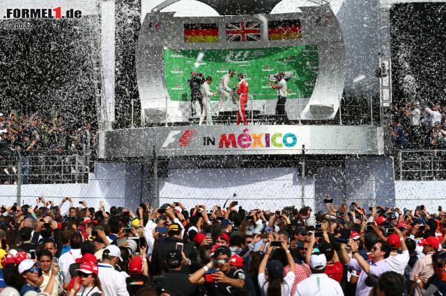 51. Grand-Prix-Sieg: Jetzt ist Lewis Hamilton genauso groß wie Alain Prost! Und 135.026 Zuschauer machen das Autodromo Hermanos Rodrigues zu einem wahren Hexenkessel. In dem explodieren nach dem Rennen die Emotionen. Am meisten bei Sebastian Vettel. Aber der Reihe nach.