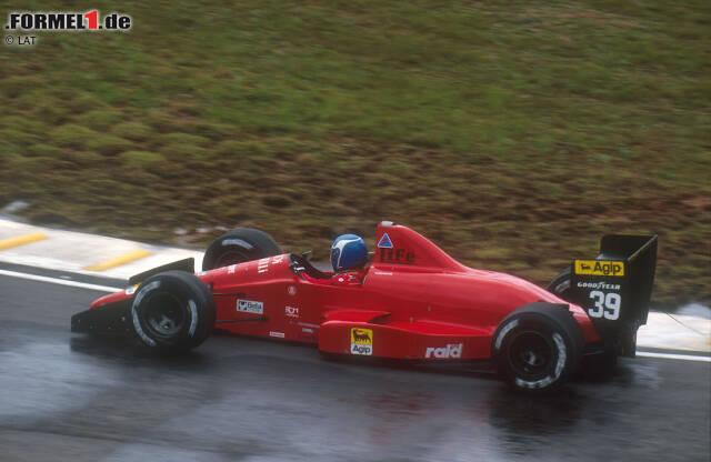 Life (1990): Das italienische Projekt glänzte kaum - schon gar nicht durch Bescheidenheit. Life brachte 1990 nicht nur sein eigenes Formel-1-Team an den Start, sondern konstruierte auch einen eigenen Zwölfzylinder-Motor mit 3,5 Litern Hubraum und exotischer W-Bauweise. Gründer Ernesto Vita (der für die Teambezeichnung seinen Nachnamen aus dem Italienischen ins Englische übersetzte) erlebte sein Waterloo: In 14 Grands Prix qualifizierte sich das einzige an den Start gebrachte Auto nicht ein einziges Mal - auch nicht, als die Mannschaft auf einen V8 von Judd umsattelte. Die leidtragenden Piloten waren erst Gary Brabham, später Bruno Giacomelli. Für die beiden wohl mehr Erlösung als Trost: Schon vor dem Saisonende war Life mausetot.