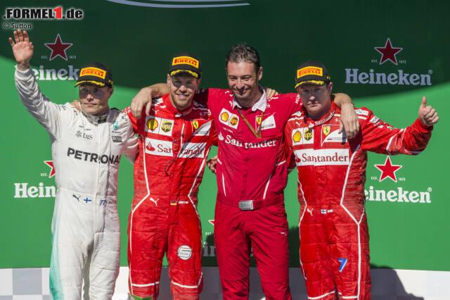 Die 17 besten Fotos des Grand Prix von Brasilien jetzt durchklicken: Sebastian Vettel feiert seinen 47. Sieg in der Formel 1, letztendlich souverän vor Valtteri Bottas und Teamkollege Kimi Räikkönen. Damit ist dem Ferrari-Star zumindest der Vizetitel kaum noch zu nehmen. Vor Abu Dhabi hat er 22 Punkte Vorsprung auf Bottas.