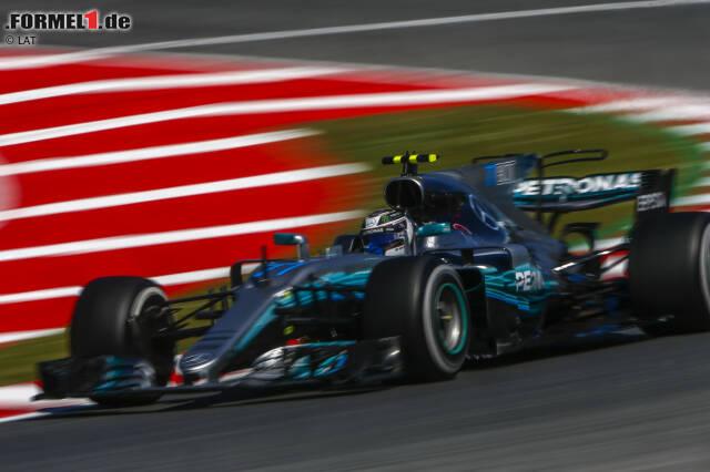 Alle rechneten mit Red Bull, aber das umfangreichste Update-Paket brachte Mercedes zum Europa-Auftakt der Formel-1-Saison 2017 mit. Beim Spanien-Grand-Prix in Barcelona wartet der W08 mit zahlreichen Neuerungen - allen voran im aerodynamischen Bereich - auf. Wir stellen die wichtigsten in unserer Technik-Fotostrecke vor.