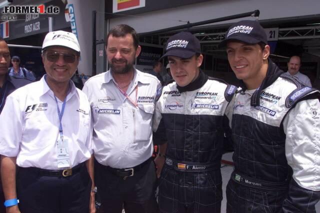 2001 beginnt Alonsos Formel-1-Karriere bei Hinterbänkler Minardi. Bei seinem Debüt in Australien ist er der bis dato drittjüngste Pilot aller Zeiten. Zwar holt er mit dem Team von Paul Stoddart keinen Punkt, dennoch kann er mit tollen Leistungen auf sich aufmerksam machen. Höhepunkt: P11 in Suzuka - vor zahlreichen arrivierten Piloten.