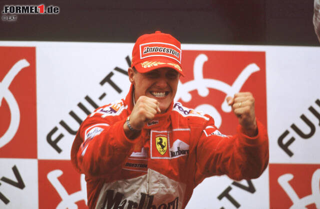 Am Ziel der Träume: Michael Schumacher hat die 21-jährige Durststrecke von Ferrari beendet und in Suzuka 2000 den Formel-1-WM-Titel für das italienische Traditionsteam gewonnen! Hier sind die Bilder von damals!