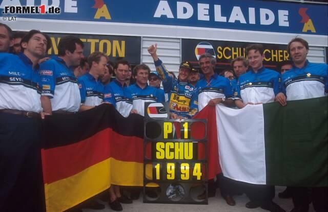 """Keine Rekorde sind für die Ewigkeit - nicht einmal die von Michael Schumacher. So hat Lewis Hamilton """"Schumi"""" 2017 beispielsweise bei der Anzahl der Pole-Positions überflügelt. Trotzdem hält der Kerpener noch immer haufenweise Bestmarken in der Formel 1 - und teilweise sogar ziemlich deutlich. Wir liefern einen Überblick."""