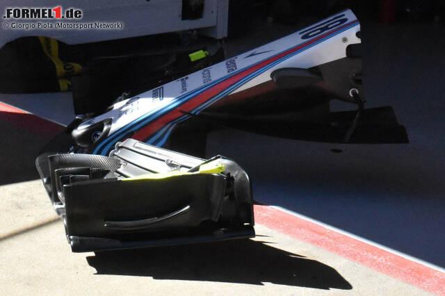 """Nase des Williams FW41 mit """"Segel"""" in der Seitenansicht. Wenn nicht am Auto montiert, ist die gesamte Form des Segels besser erkennbar."""