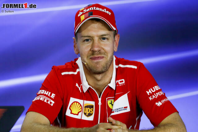 Sebastian Vettel ist in seiner Formel-1-Karriere bereits für einige Teams angetreten und hat schon viele unterschiedliche Fahrzeuge bewegt. In unserer Fotostrecke zeigen wir all seine Formel-1-Autos und nennen auch seine Erfolge in den jeweiligen Formel-1-Saisons!