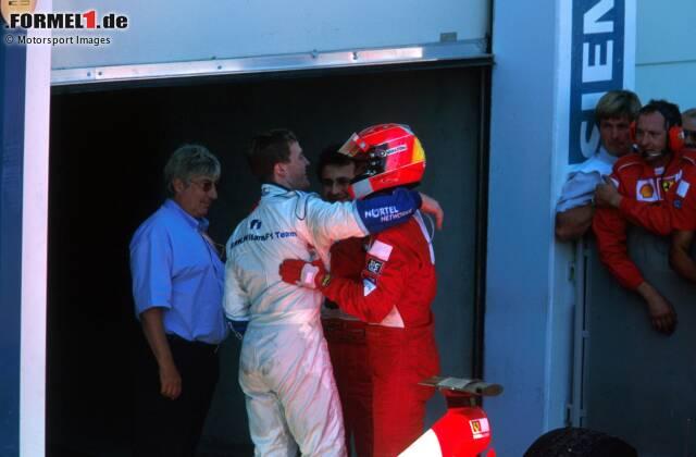 10. Frankreich 2001, Ralf Schumacher vor Michael Schumacher - 0,010 Sekunden: Um genau eine Hundertstelsekunde kann Ralf (Williams-BMW) seinen Bruder Michael (Ferrari) in Magny-Cours bezwingen. Am Sonntag dreht der Rekordweltmeister den Spieß jedoch um und siegt vor seinem kleinen Bruder.