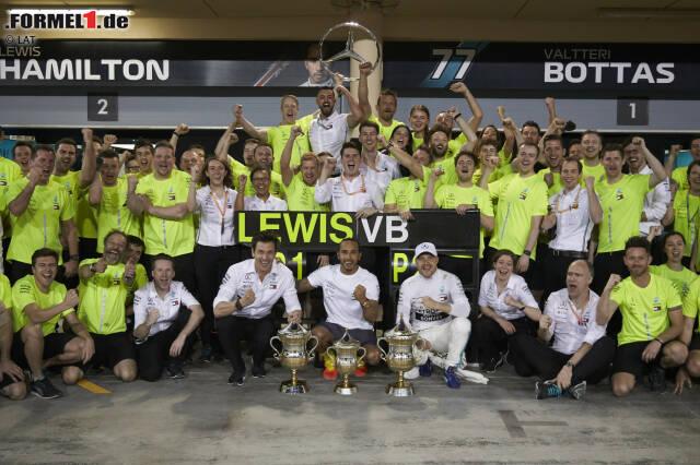 Mercedes schaffte es 2019 als erstes Team der Formel-1-Geschichte, in den ersten vier Rennen einer Saison vier Doppelsiege zu feiern. Das hat jeder Fan der Königsklasse mitbekommen. Es gibt aber noch ein paar andere überraschende Zahlen zum Saisonauftakt 2019, die so wohl nicht jeder auf dem Zettel hat ...