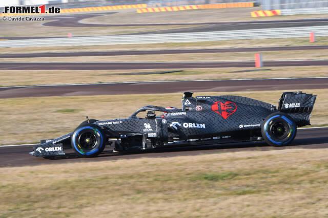 Alfa Romeo hat in Fiorano den Shakedown mit dem neuen C39 unternommen. Kimi Räikkönen saß am Steuer. Hier sind die ersten Bilder vom neuen Alfa auf der Strecke!