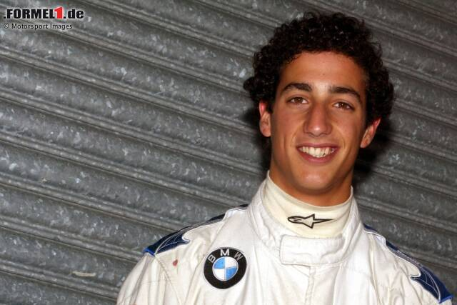 Am 1. Juli 1989 wird Daniel Joseph Ricciardo in Perth, Australien, geboren. Damals ahnte seine Familie noch nicht, welch großen Traum sich der Sonnyboy wenige Jahre später in Europa verwirklichen sollte: Formel-1-Fahrer. Wir blicken zurück auf seine Anfänge und seine bisherige Laufbahn!