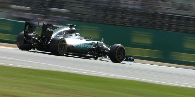 Rosberg wieder vor Hamilton