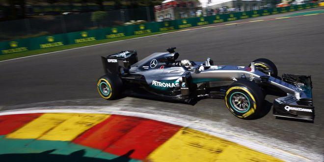 Mercedes verbrät fünf Token