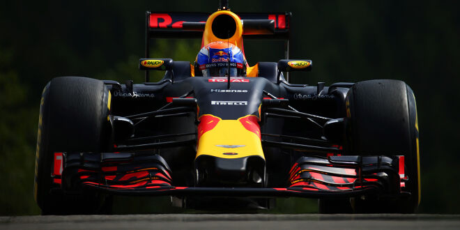 Red-Bull-Duo in Spa an der Spitze