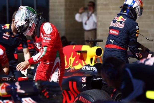 Emotionen & Strafen: Vettels irrer Kampf gegen Red Bull - Formel1.de ...